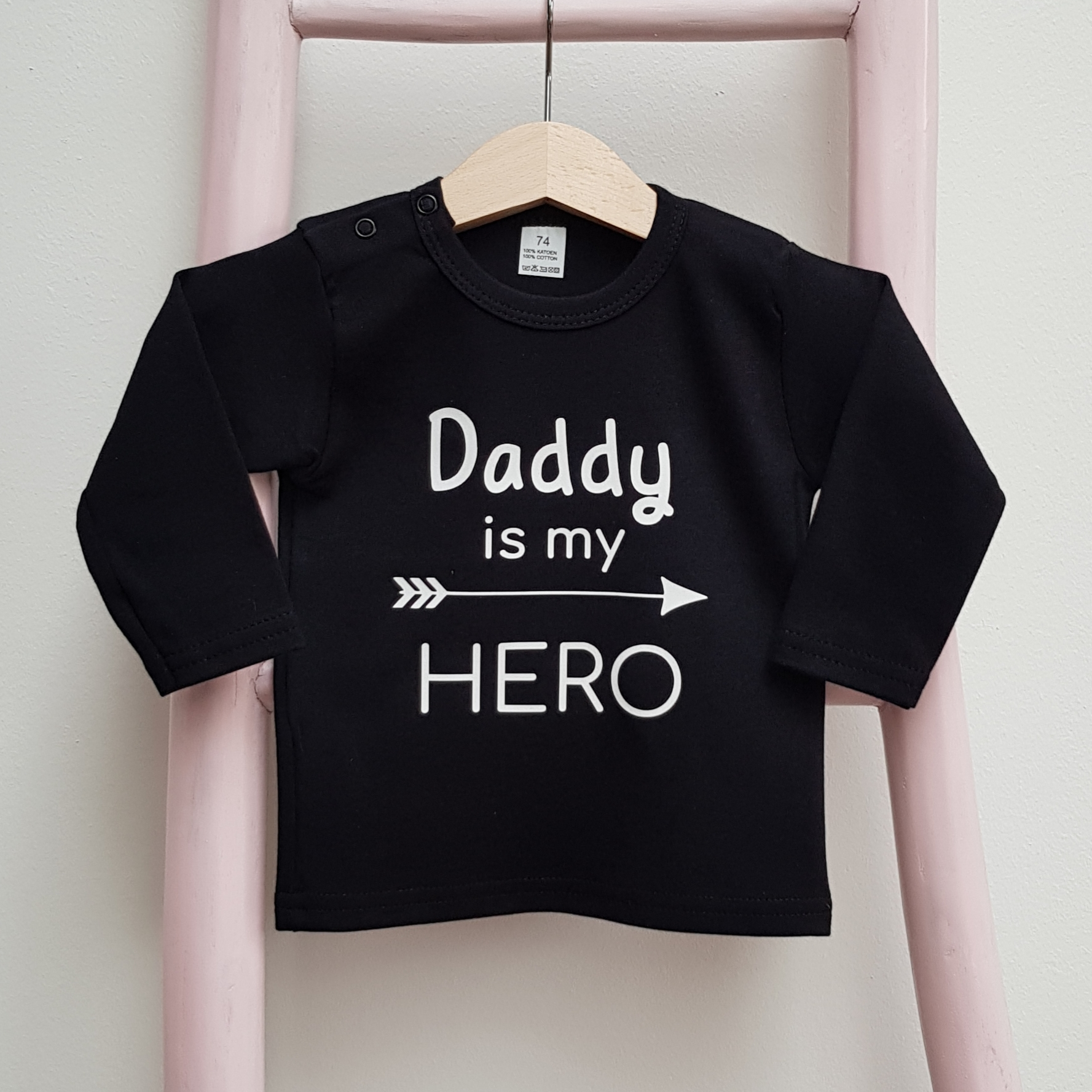 Tshirt zwart daddy is my hero lange mouw foto2 vaderdag